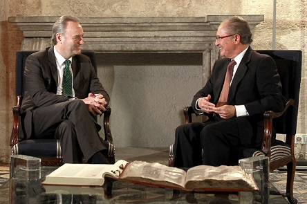 Fabra y Ferrer en el Palau de la Generalitat