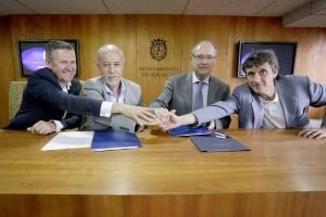 Grau, Valor, Ferrer y Marhuenda en la firma del convenio